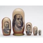 Матрешка с изображением американских политиков на долларах